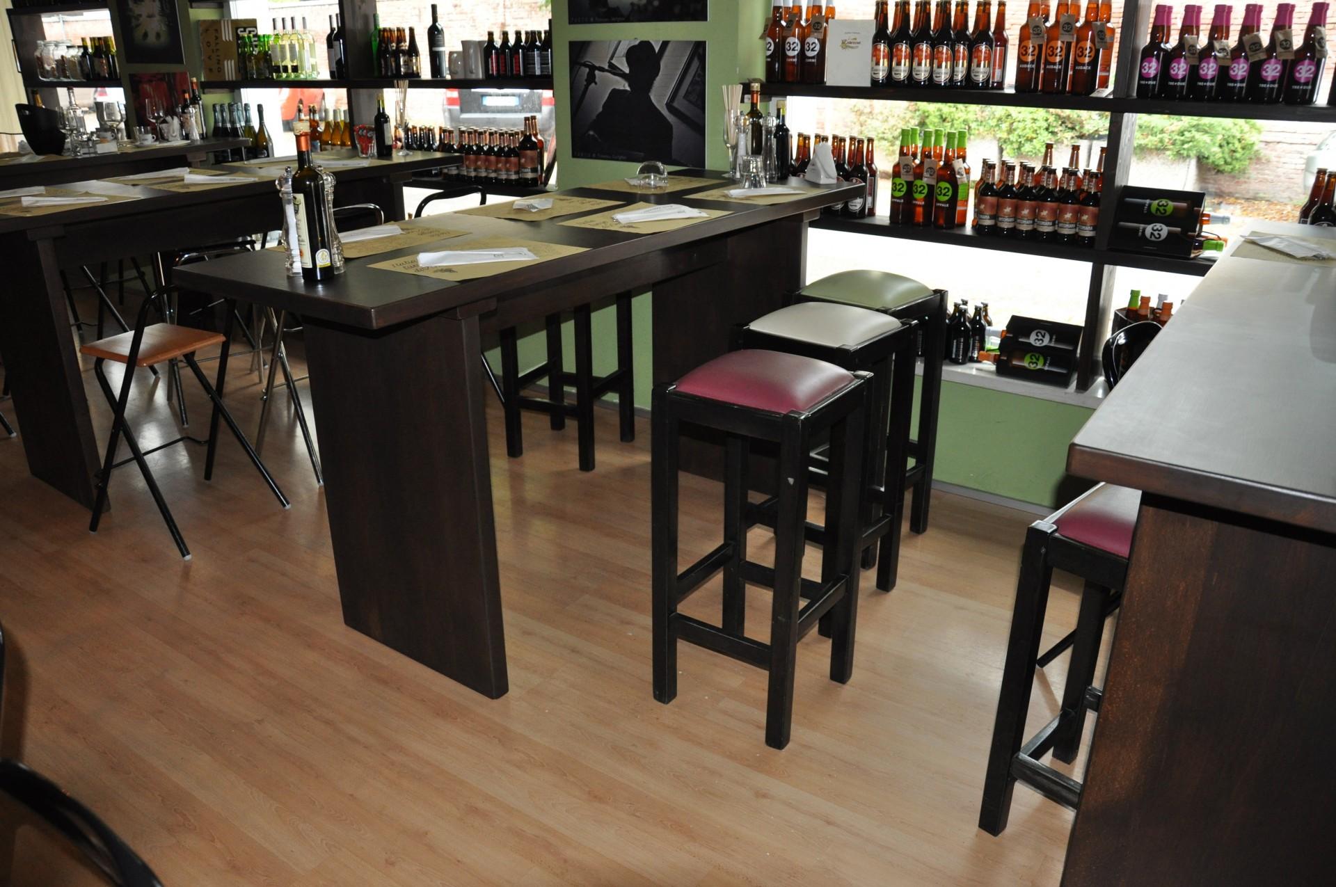 Tavolo in legno per bar e ristorante fadini mobili cerea for Arredamento per ristorante usato