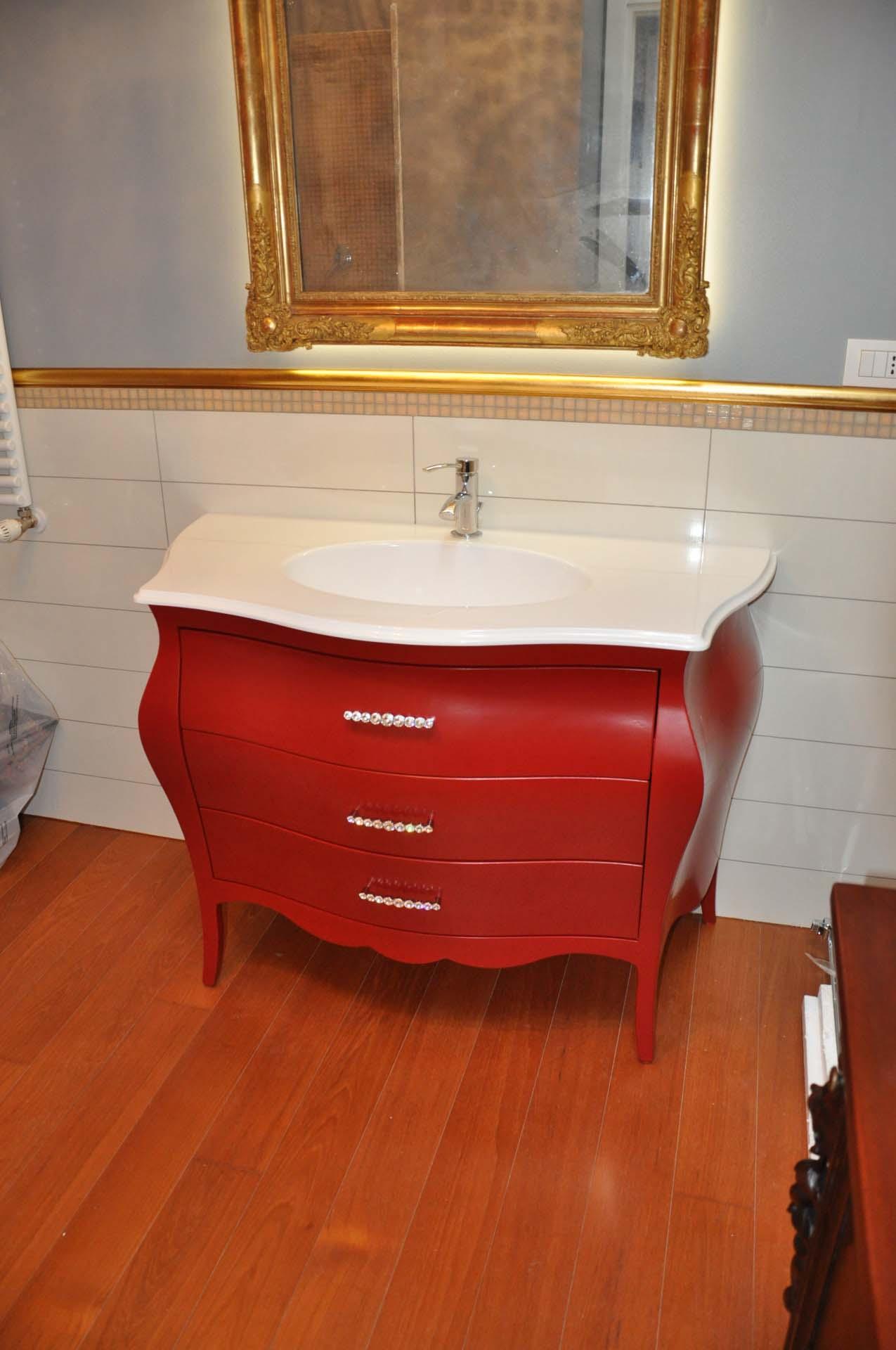 Latest mobile per bagno in legno a savona with bagni classici in muratura - Mobili in muratura per soggiorno ...