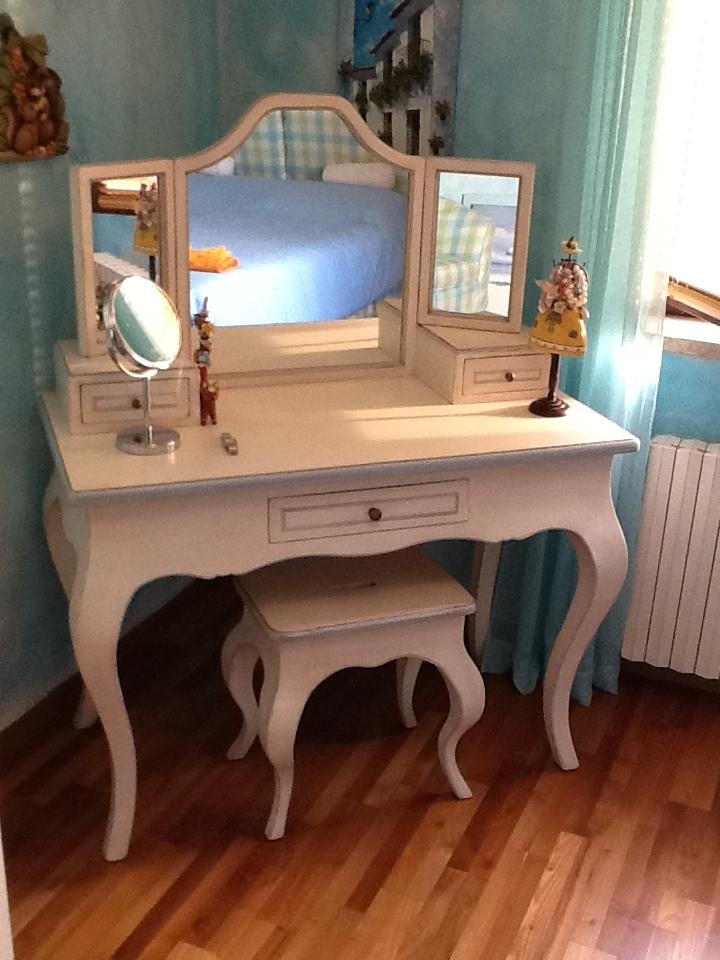Tavoli in legno su misura fadini mobili cerea verona for Mobili x camera da letto