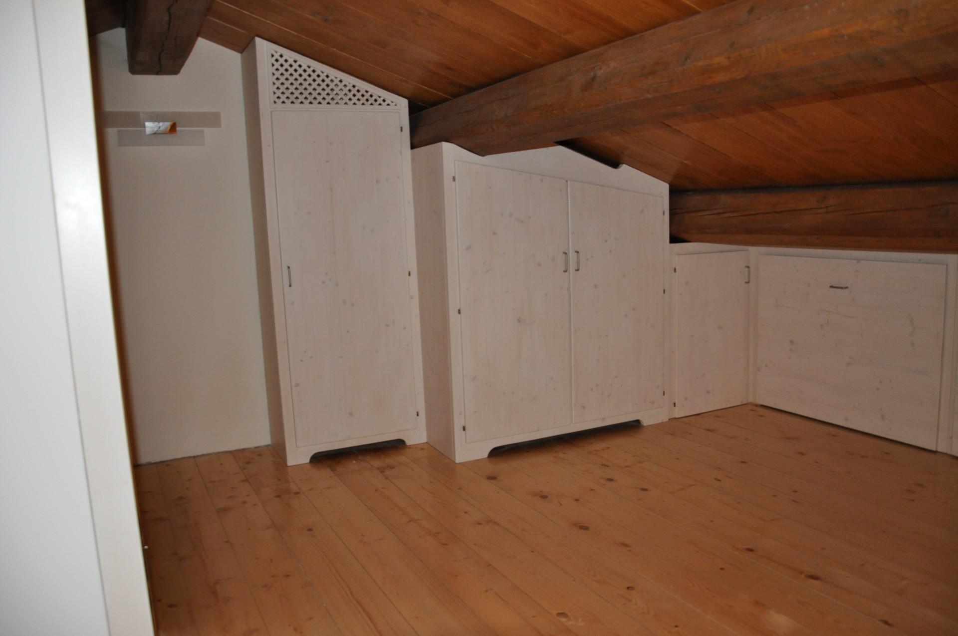 Progettazione arredamenti su misura fadini mobili cerea verona - Armadio sottotetto ...
