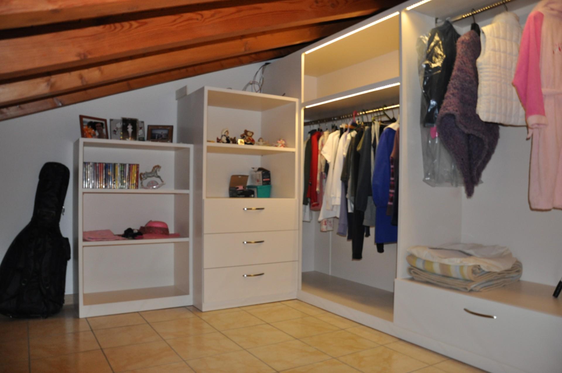 cabina armadio in legno | Fadini Mobili Cerea Verona