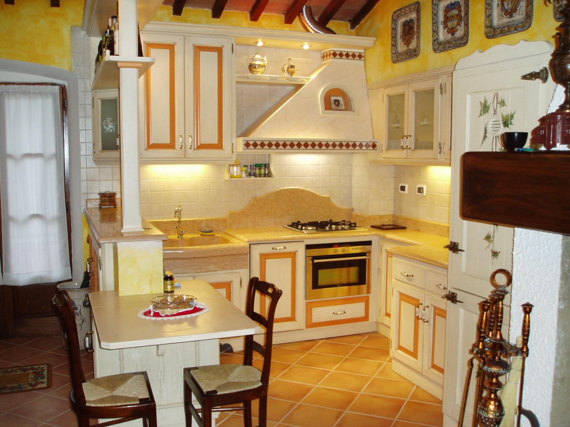 Cucina artigianale in legno fadini mobili cerea verona - Cucine country in muratura ...