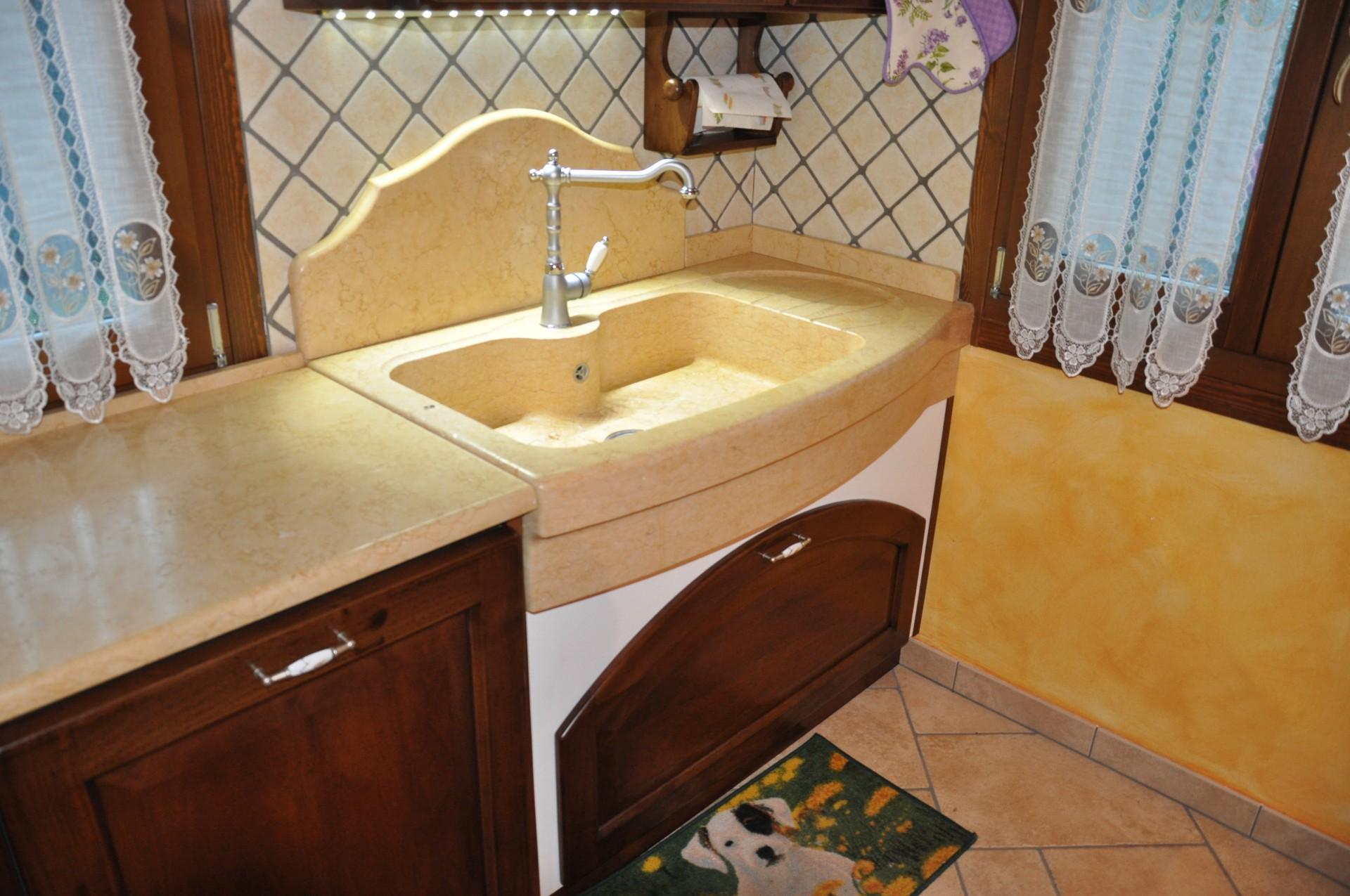 Cucina in muratura fadini mobili cerea verona - Mobili bagno in muratura moderni ...