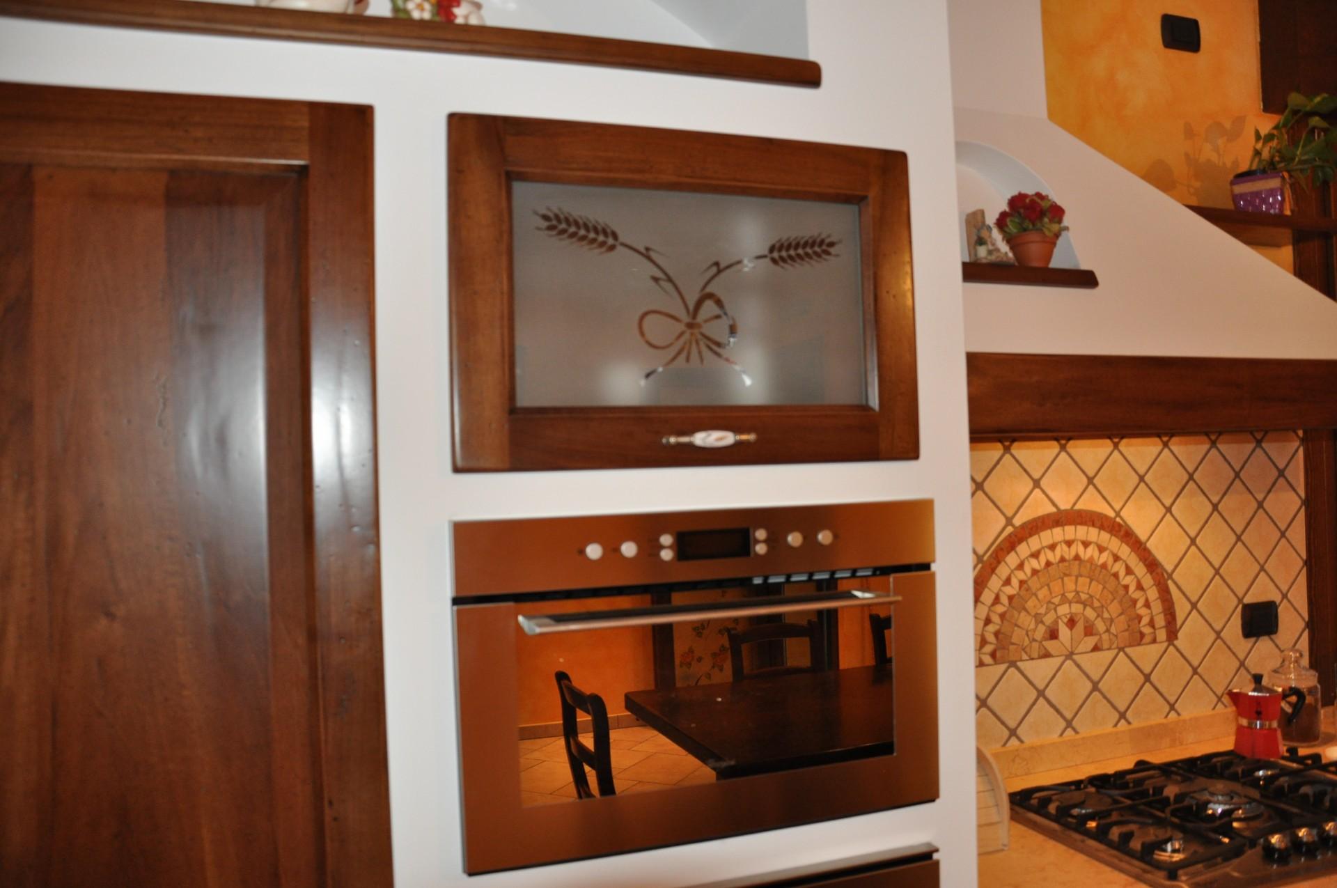 Cucina in muratura fadini mobili cerea verona - Parete attrezzata in muratura ...