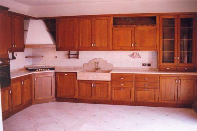 Cucine classiche artigianali in legno | Fadini Mobili Cerea Verona