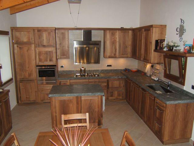 Cucine moderne fadini mobili cerea verona for Cucine legno massello