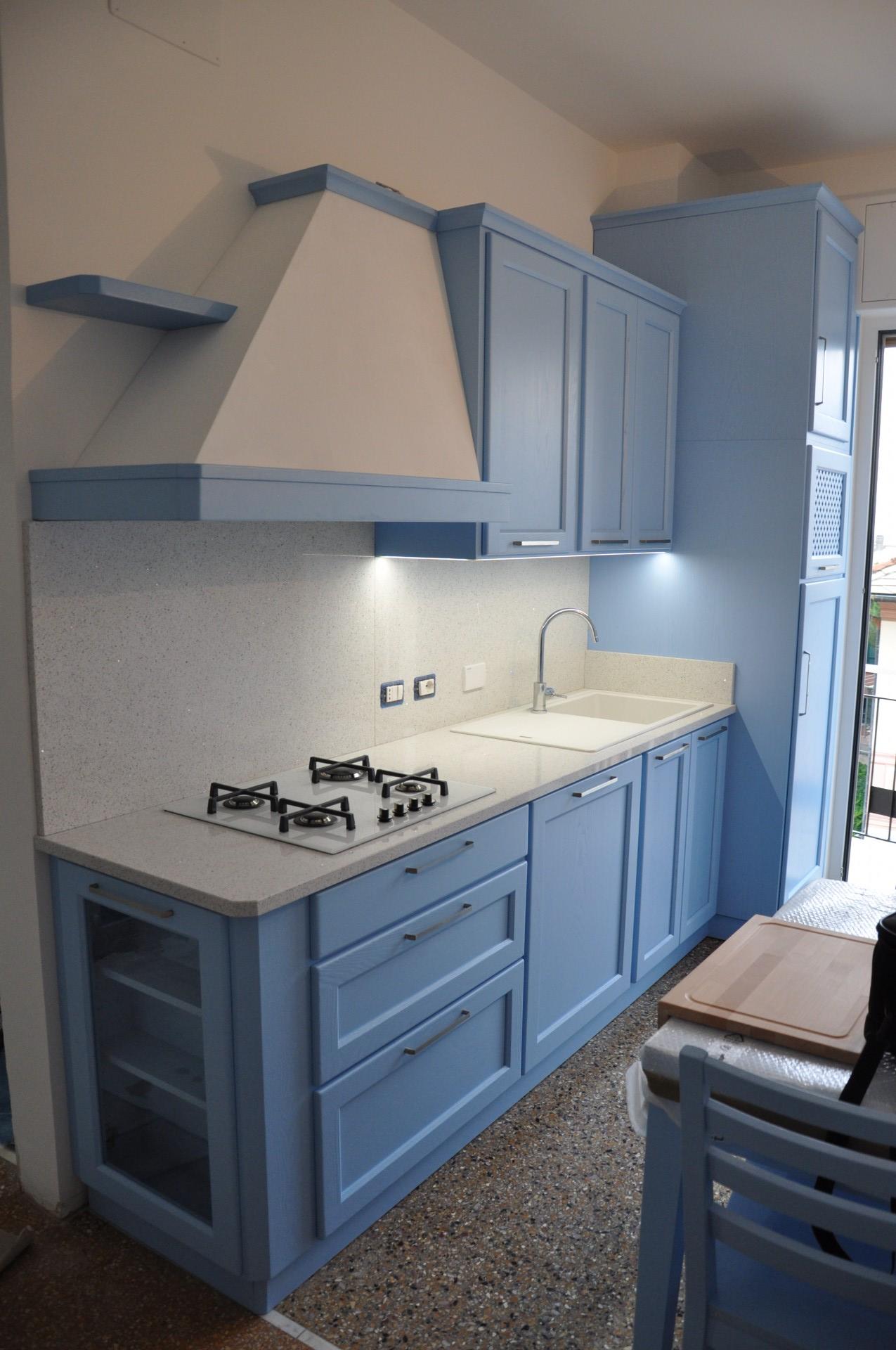 cucina in legno color azzurro fadini mobili cerea verona