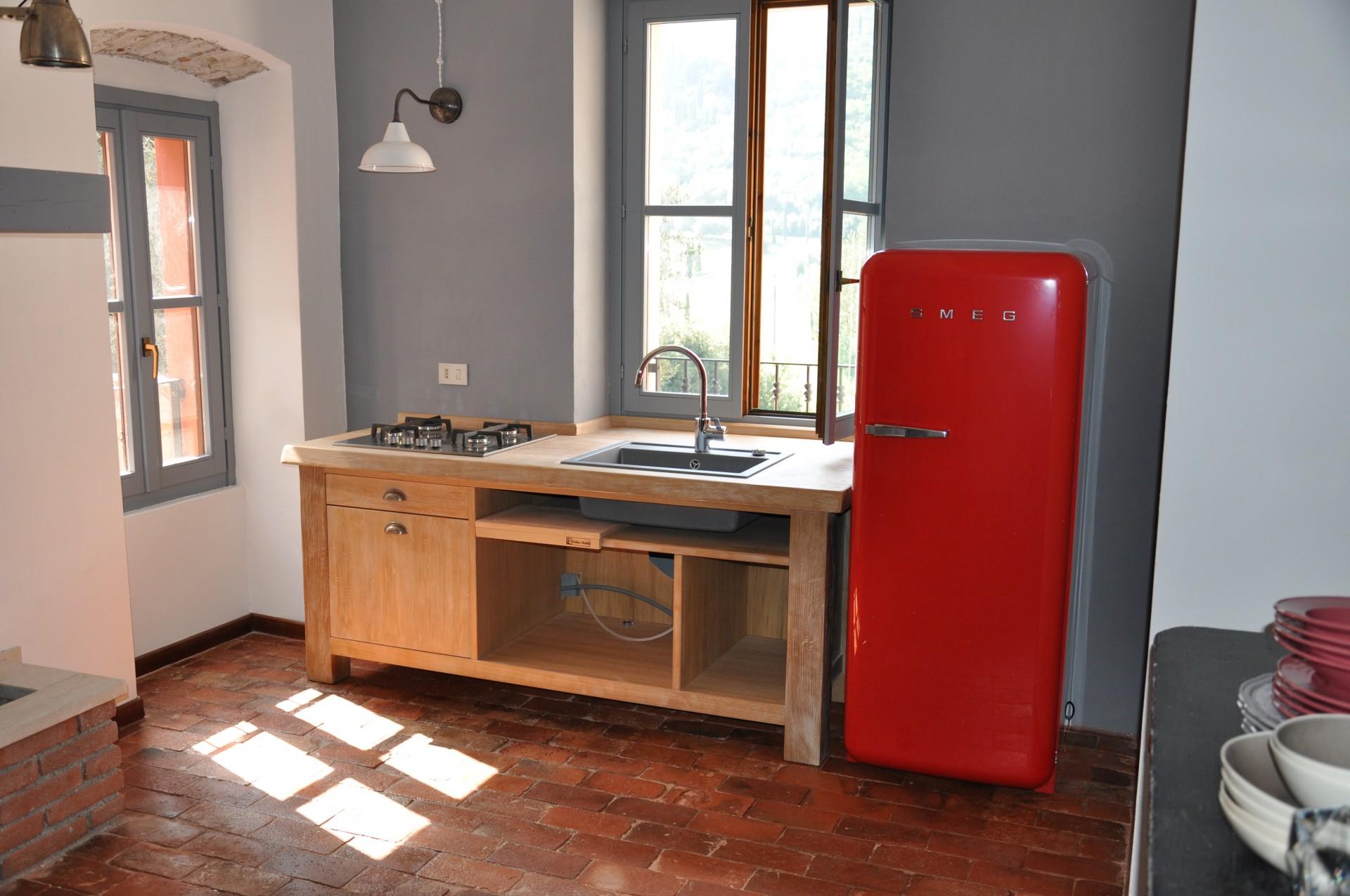 Cucine artigianali a Savona.