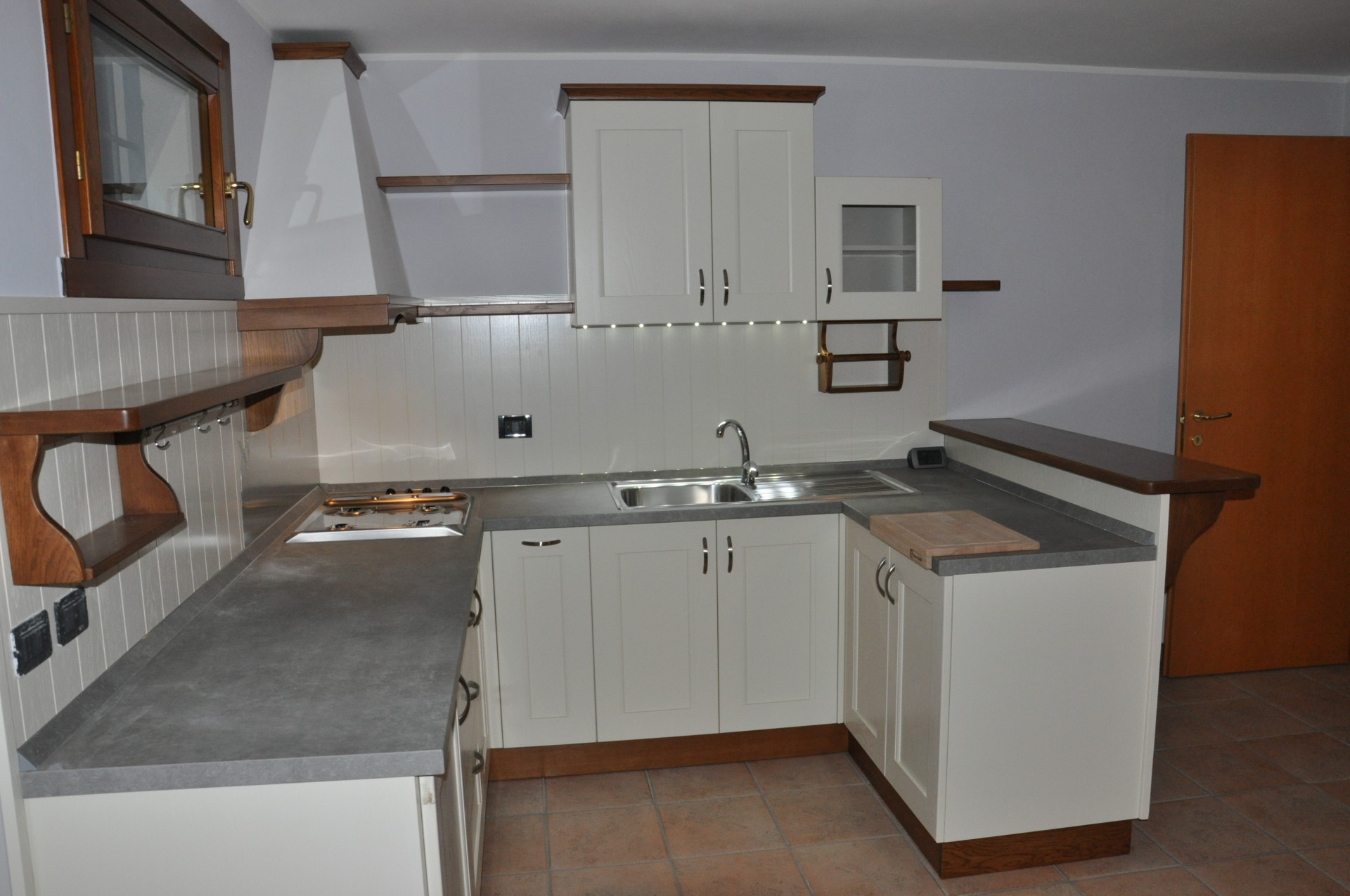 Affordable cucine in legno a modena with cucine rustiche con isola - Mondo convenienza perugia cucine ...
