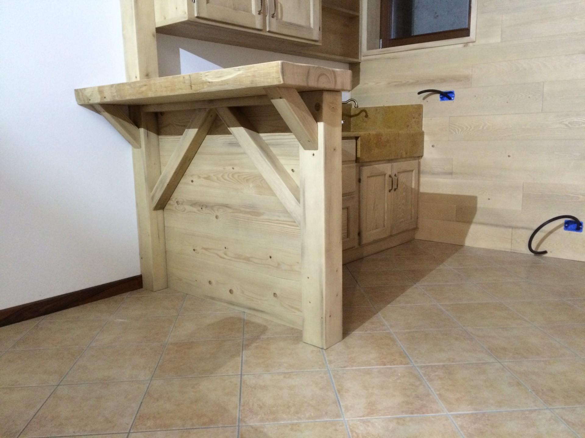 Cucina Con Boiserie : Cucina artigianale in legno fadini mobili cerea verona