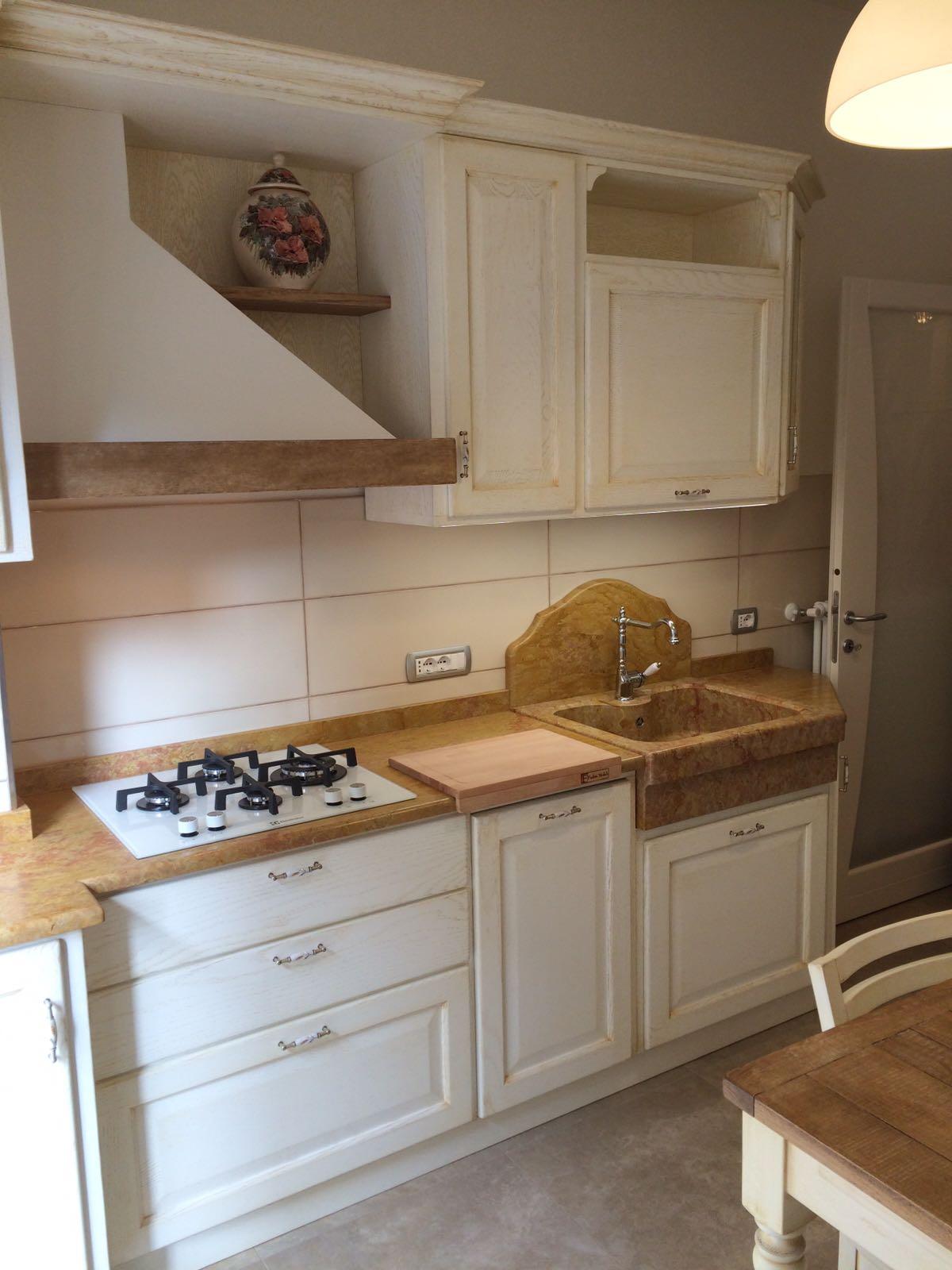 Cucina con lavello in marmo art. 114 | Fadini Mobili Cerea ...