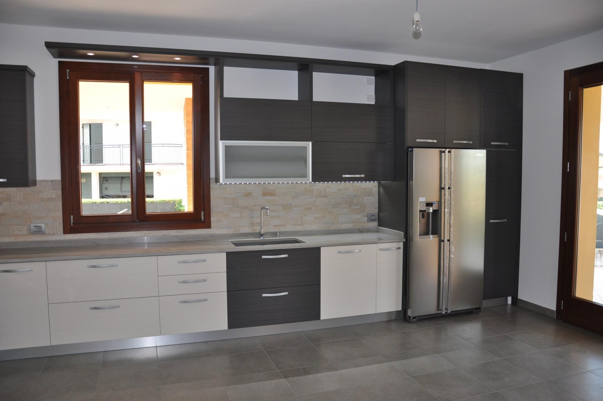 Cucine moderne fadini mobili cerea verona - Cucine belle moderne ...