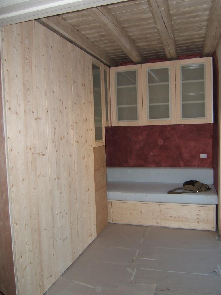 Ikea camera ispirazioni letto da for Arredamento camerette neonati