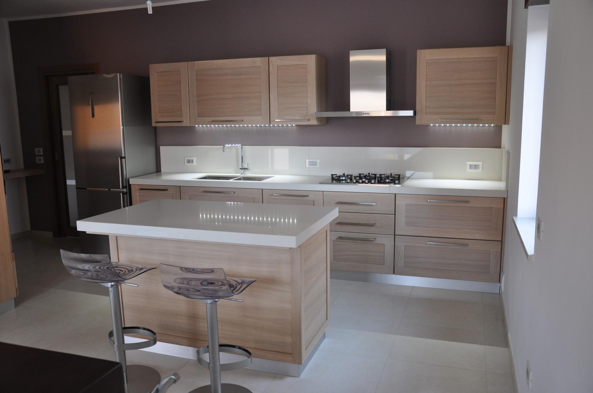 Banconi e isole per cucina fadini mobili cerea verona - Isole cucine moderne ...