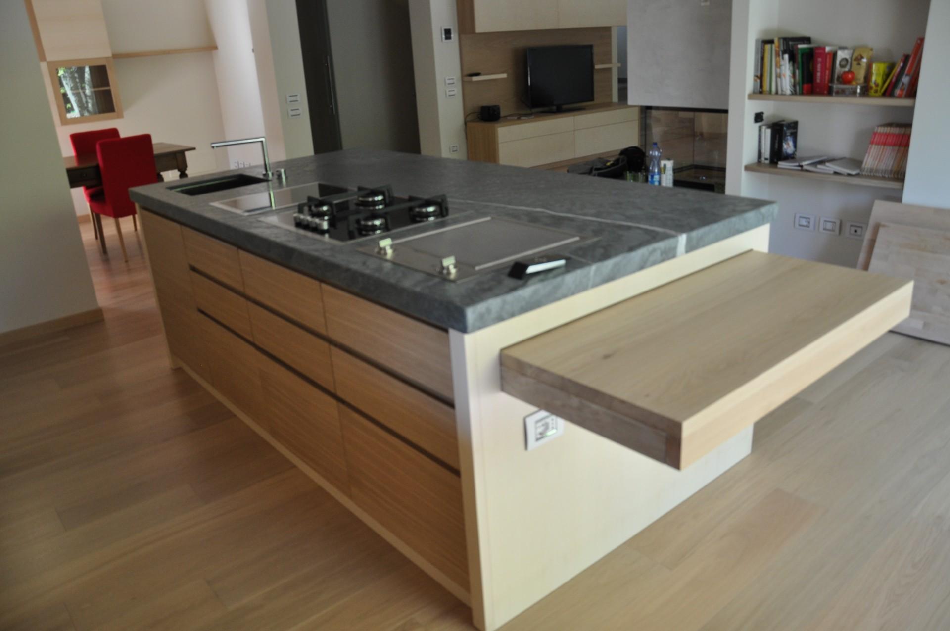 Banconi e isole per cucina fadini mobili cerea verona - Cucina con bancone ...
