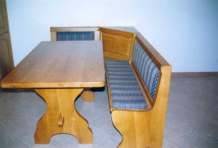 Tavoli in legno su misura fadini mobili cerea verona for Cassapanca con seduta