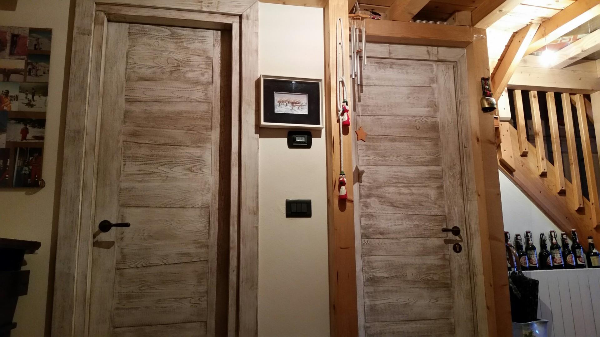 Porte in legno su misura.