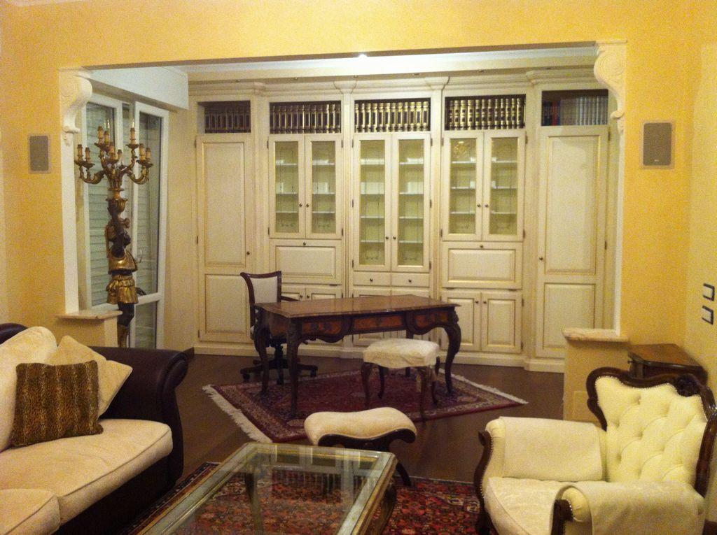 Progettazione arredamenti su misura fadini mobili cerea for Mobili sala angolari