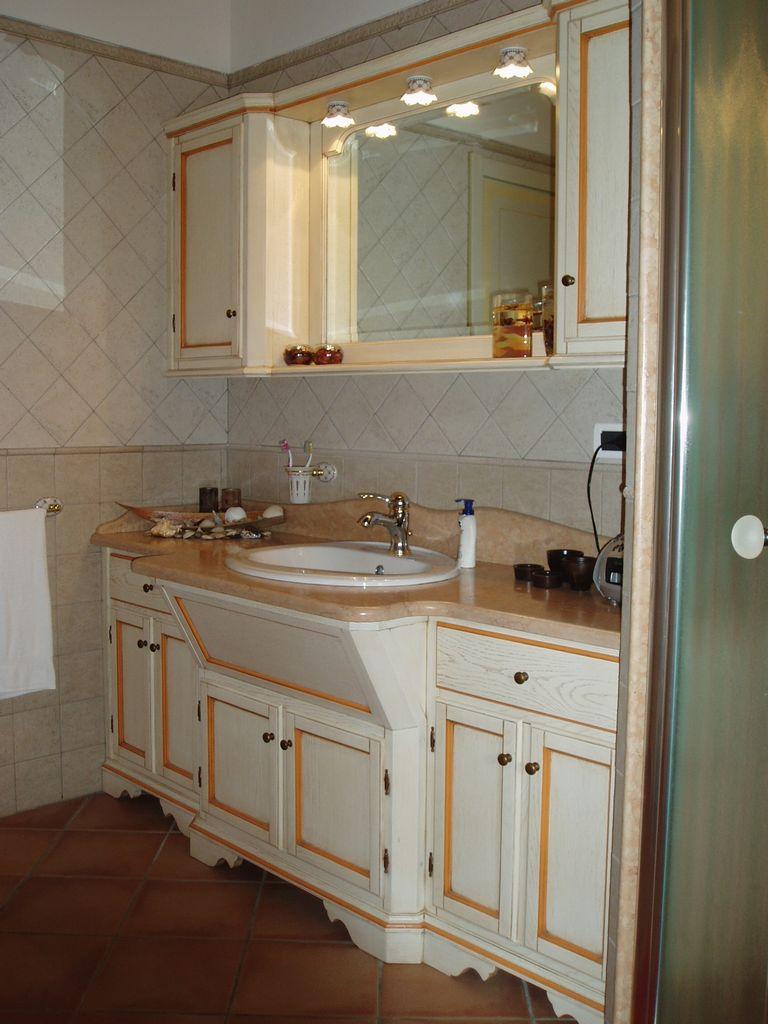 Mobili per bagno fadini mobili cerea verona for Mobile bagno legno