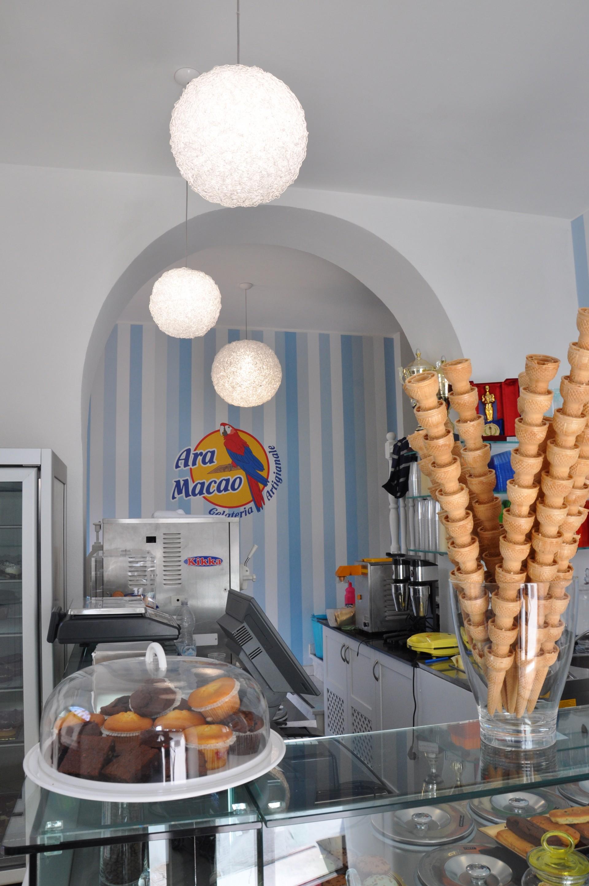arredamento per gelateria.   fadini mobili cerea verona - Arredamento Interni Gelateria