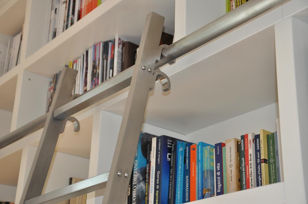 Progettazione arredamenti su misura fadini mobili cerea - Scale per librerie ...