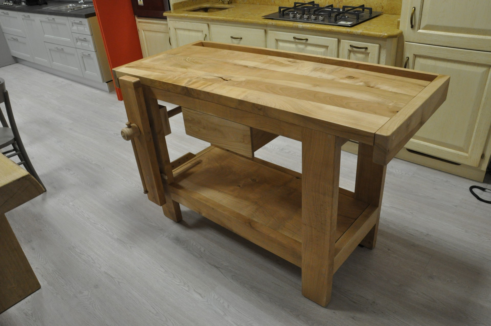 Tavoli in legno su misura fadini mobili cerea verona - Bancone per cucina ...