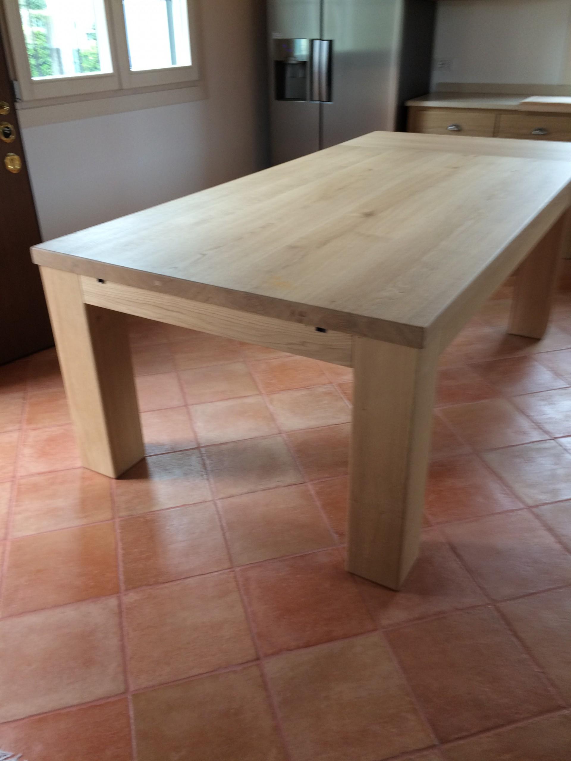 Tavolo in rovere massello