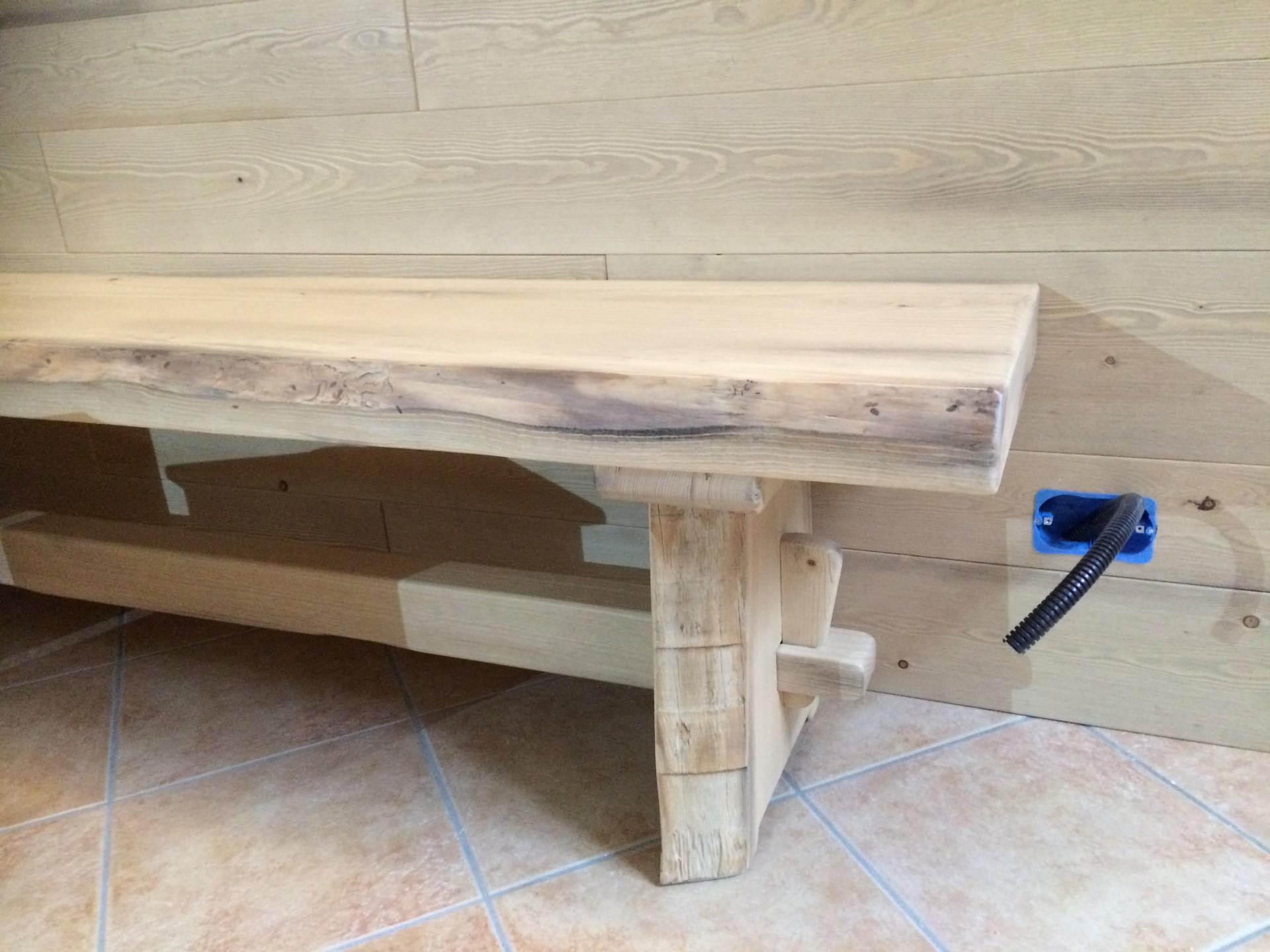 Tavoli In Legno Massello Rustici : Tavoli in legno su misura fadini mobili cerea verona