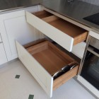 Cucina in legno laccato.