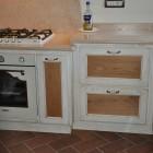Cucina laccata su misura a Savona
