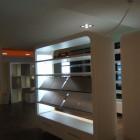 Arredamento per negozio in legno a Modena