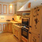 Cucina country laccata a Modena