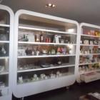 Arredamenti per negozio a Savona.