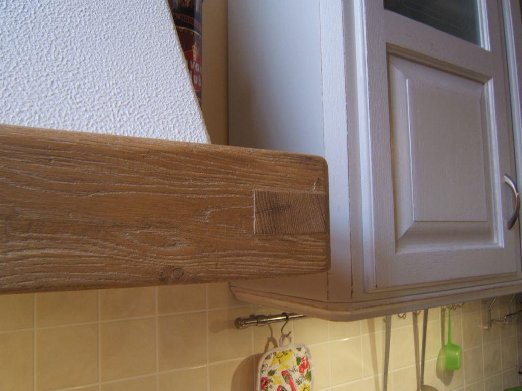 Cucina country artigianale costruita su misura in legno di rovere fadini mobili cerea verona - Cappa cucina in muratura ...