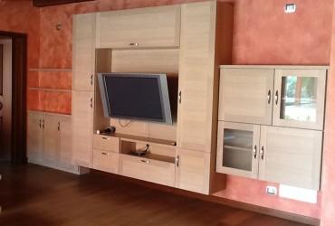 mobile per soggiorno in legno milano