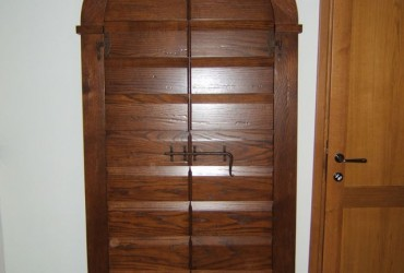 Porte in legno a Savona