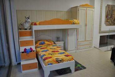 Cameretta per bambini in legno