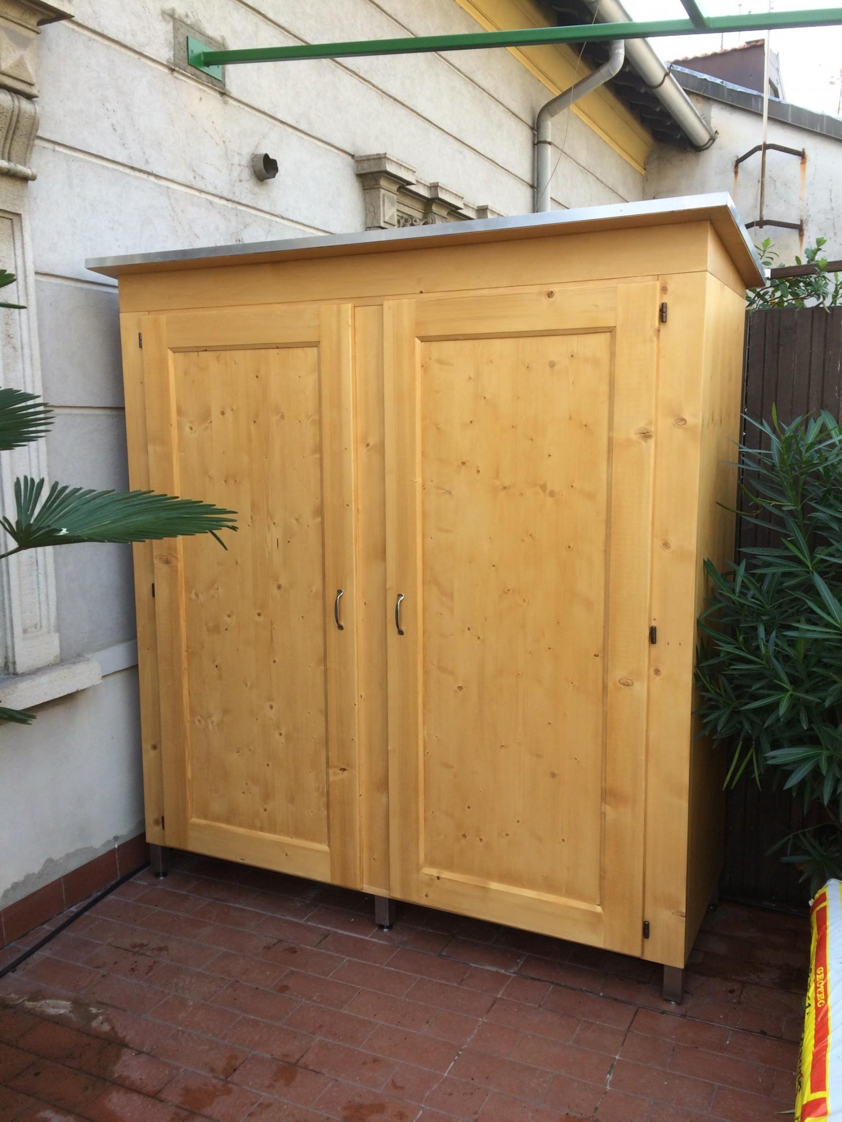 Letti e armadi in legno su misura fadini mobili cerea verona - Armadi per esterno in legno ...