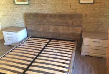 letto rustico in legno anticato