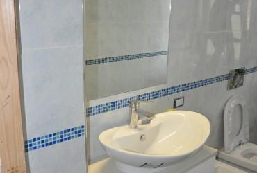 Mobili bagno in legno su misura a Savona