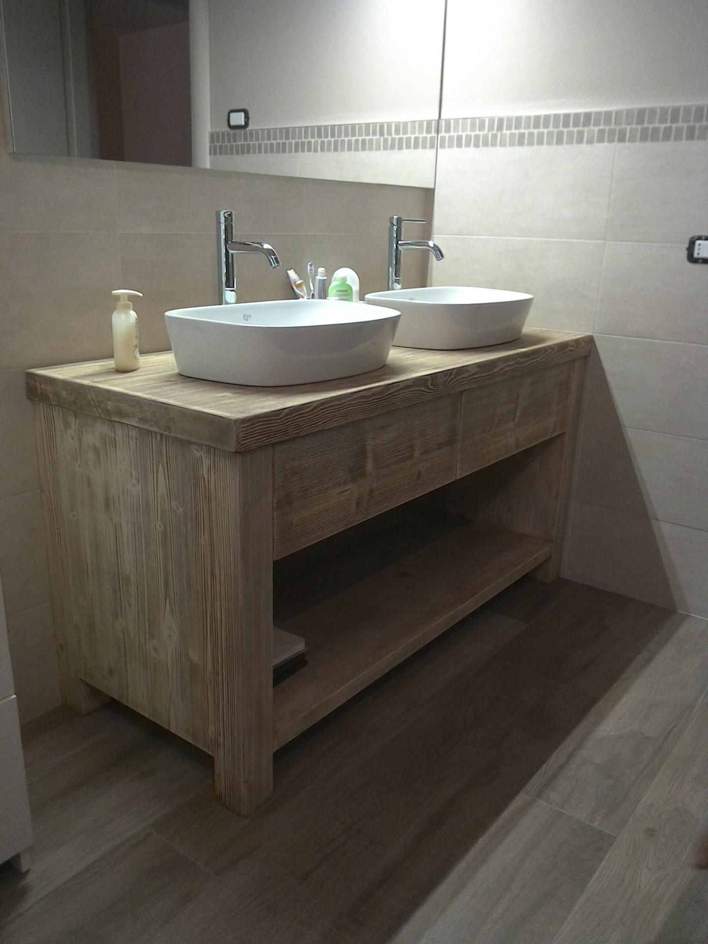 Mobili Su Misura Bagno : Mobili per bagno e lavanderia su misura fadini mobili cerea verona