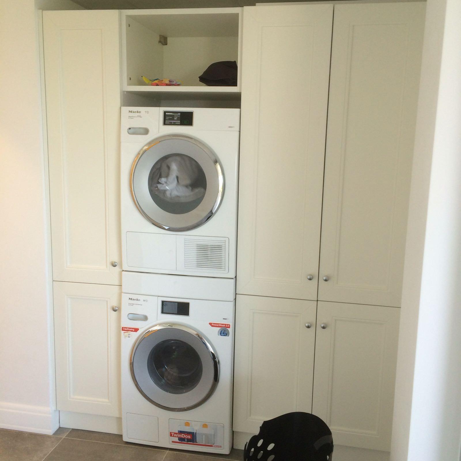 Mobile per lavanderia su misura