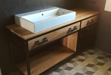 Mobile per bagno in ferro e legno