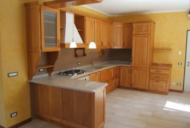Cucina su misura in legno a Modena