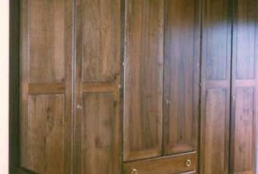 Letti e armadi in legno su misura fadini mobili cerea verona for Man arredamenti