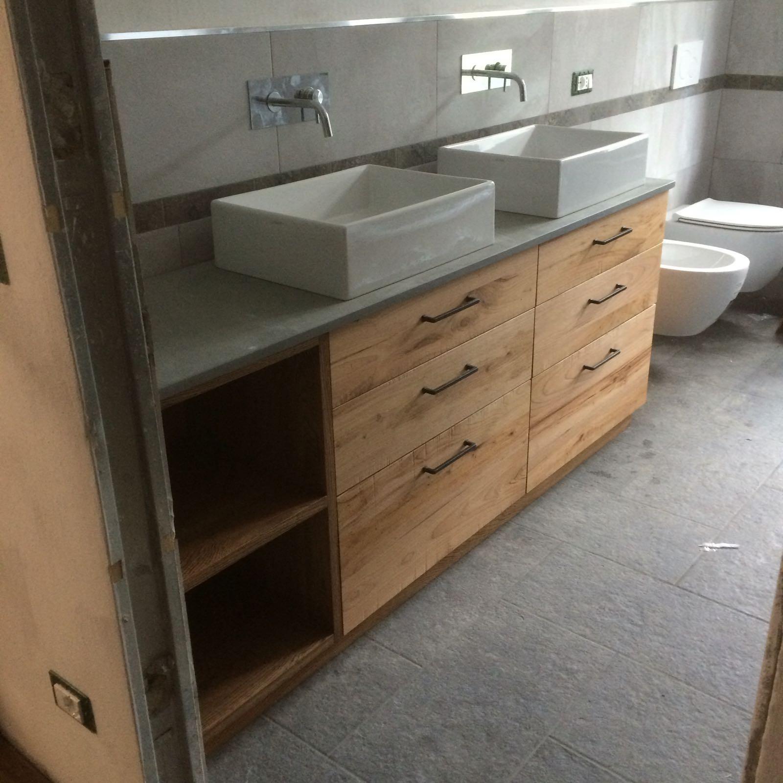 Mobili per bagno e lavanderia su misura fadini mobili - Mobile bagno rustico ...